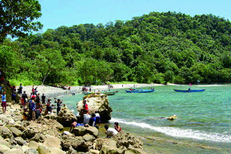 tempat berlibur paling diminati pantai sodong